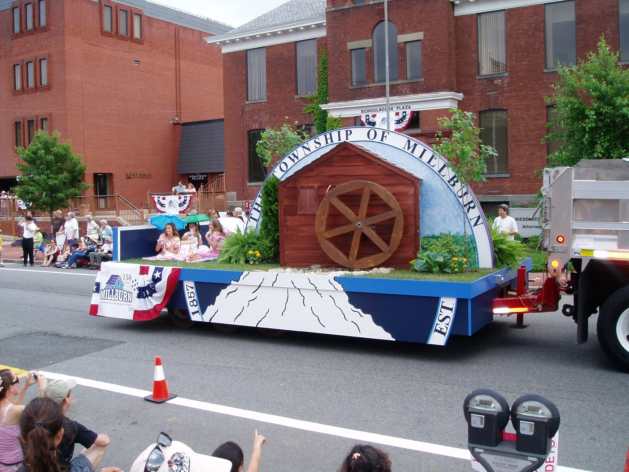 Simple Parade Float Designs